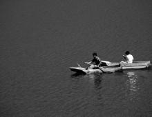 Dos botes de remos